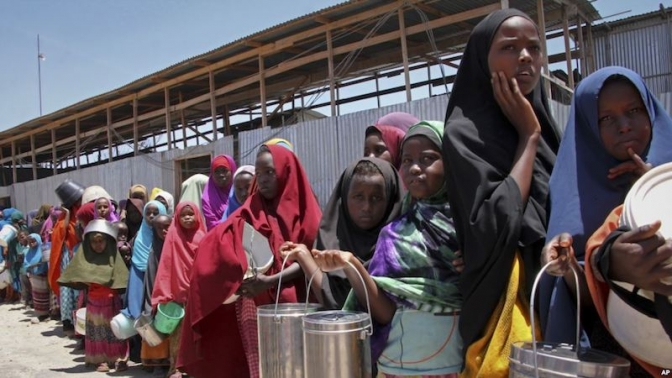 Hundreds of Thousands of Somalis Displaced by Drought, Conflict